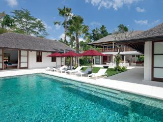 Villa Atacaya - an elite haven - Buwit vacation rentals