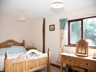 Perfect Barn with Internet Access and Dishwasher - Cleobury Mortimer vacation rentals