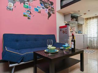 S studio- XingFu(幸福) cozy&neat Apt. - Taipei vacation rentals
