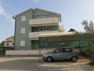 Cozy Condo with Internet Access and A/C - Sveti Vid-Miholjice vacation rentals