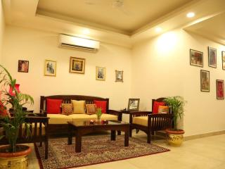 Adorable 4 bedroom Jaipur B&B with Safe - Jaipur vacation rentals
