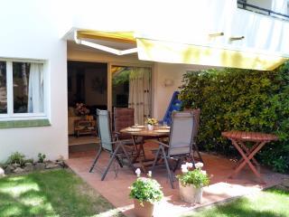 Bel appartement dans propriété de standing - WIFI - Calella De Palafrugell vacation rentals