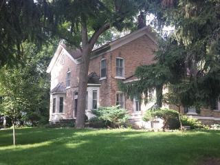 The Kownover Farmstead historic home - South Bend vacation rentals