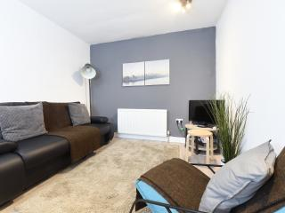 3Bed City Cntr Slps 8 NQ (1) - Manchester vacation rentals