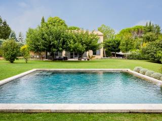 Beautiful large Aix villa - Puyricard vacation rentals