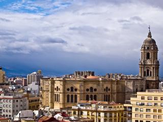 Modern Apartment Downtown Malaga Near Picasso - Malaga vacation rentals