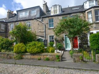 Charming colonies apartment - Edinburgh vacation rentals