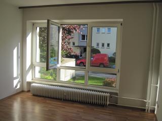 Kleine Wohnung nahe Hamburg und Elbe - Wedel vacation rentals