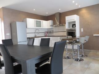 Bright 4 bedroom Villa in Béziers - Béziers vacation rentals
