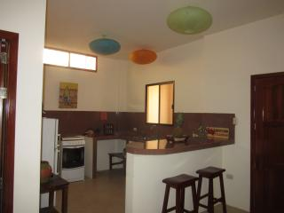 Romantic 1 bedroom Condo in Crucita - Crucita vacation rentals