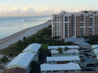 1bdr 1.5  baths Condo Fabulous Ocean View in LBTS - Lauderdale by the Sea vacation rentals