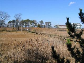Wonderful 2 bedroom Chincoteague Island House with Internet Access - Chincoteague Island vacation rentals