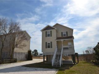 Nice House with Internet Access and A/C - Chincoteague Island vacation rentals