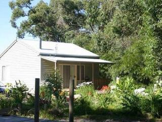 Comfortable Cottage with Deck and Internet Access - Foster vacation rentals