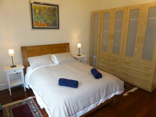 Nice 3 bedroom House in South Fremantle with Internet Access - South Fremantle vacation rentals