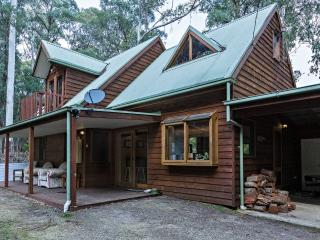 Harrietville Heaven 2 - Tranquil Bush Setting - Harrietville vacation rentals