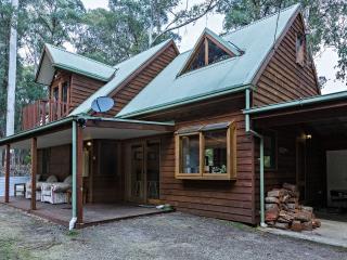 Harrietville Heaven 2 - Tranquil Bush Setting - Harrietville vacation rentals