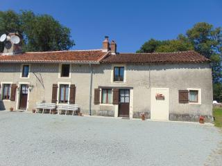 Nice 1 bedroom Gite in Magnac-Laval - Magnac-Laval vacation rentals