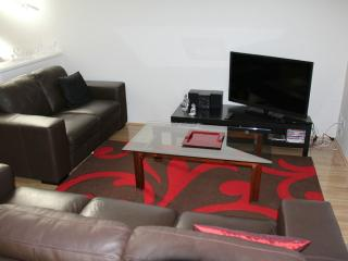 Comfortable Condo with Internet Access and A/C - Hamilton Hill vacation rentals