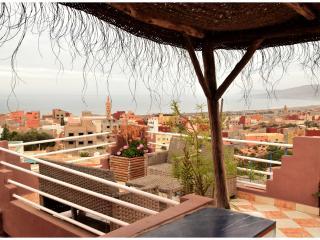 Dar Oceana 3 Terrasse vue mer et Solarium - Tamrhakht vacation rentals