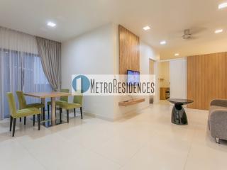 Modern Family Suite   Farrer Park - Singapore vacation rentals