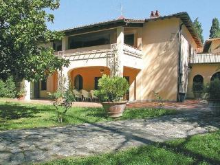 Beautiful Villa with Internet Access and Parking - Borgo San Lorenzo vacation rentals