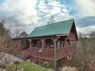 Fireside Memories a 2 bedroom cabin sleeping six. Wrap around wooden deck. - Sevierville vacation rentals