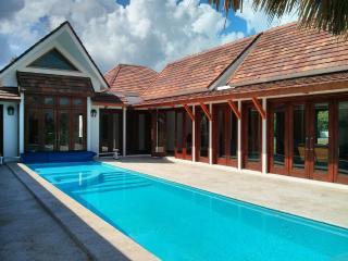 Magnificent 4BR Villa Golf +  Private Beach Access - Punta Cana vacation rentals