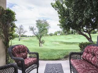 2BR Golf Course Condo in La Quinta – Sleeps 6 - La Quinta vacation rentals