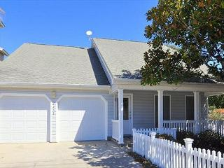 Comfy 4br Old Seagrove Beach House Two Blocks from Seaside - Santa Rosa Beach vacation rentals