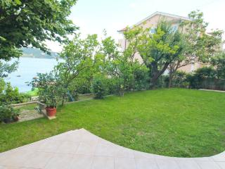 1st floor with a garden by the sea in Savina - Savina vacation rentals