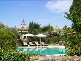 Old Village House Maison Chaix Lourmarin - Puyvert vacation rentals