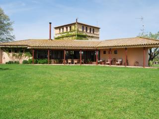 "Family ""Masia"" in Fontanilles, Baix Empodà, Girona - Fontanilles vacation rentals"