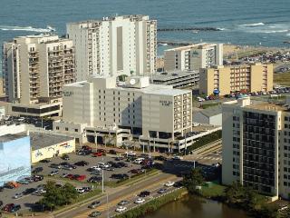 Ocean Key Resort: 1-BR, Sleeps 4, Full Kitchen - Virginia Beach vacation rentals