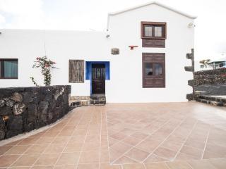 Peace and quiet in a rural environment - La Palma vacation rentals