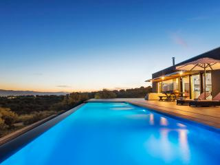 Luxury Villa with private infinity swimming pool - Akrotiri vacation rentals