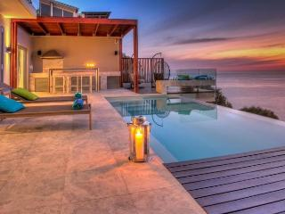 Spacious 5 bedroom Villa in Bantry Bay - Bantry Bay vacation rentals