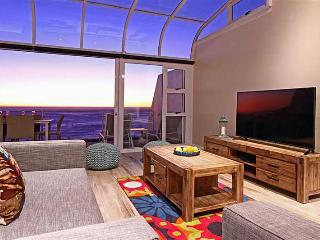 Perfect Camps Bay Apartment rental with Internet Access - Camps Bay vacation rentals