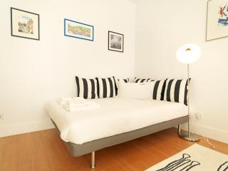 214 FLH Santa Catarina Lovely Studio - Lisboa vacation rentals