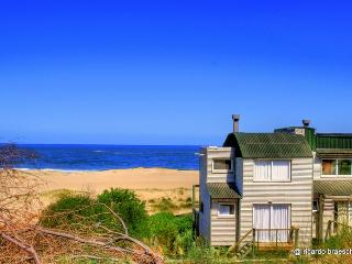 #3 La Amistad Cottages House - Punta del Diablo vacation rentals