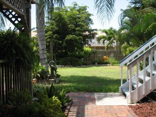 2 bedroom Condo with Deck in Bradenton - Bradenton vacation rentals