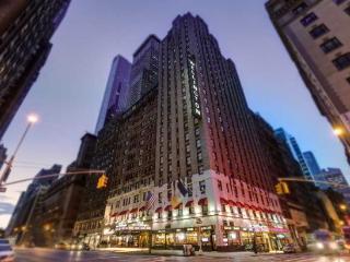 Beautiful Condo with A/C and Alarm Clock - Manhattan vacation rentals