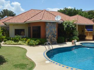 Villa Pattaya Hill - Pattaya vacation rentals