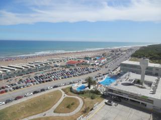 Departamento nuevo alquiler temporario frente mar - Necochea vacation rentals