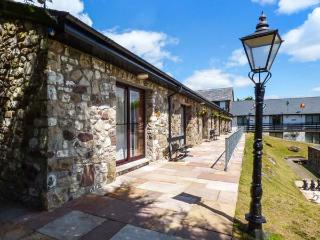 BRECON COTTAGES - POWYS (NO. 16), welcoming cottage, on-site attractions, open plan living, near Pen-y-Cae, Ref. 925420 - Pen-y-cae vacation rentals