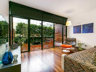 1 bedroom Apartment with Deck in St Kilda - St Kilda vacation rentals