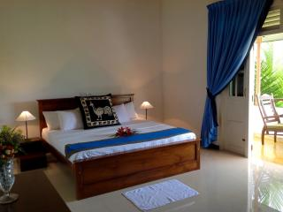 4 bedroom Villa with Water Views in Aluthgama - Aluthgama vacation rentals