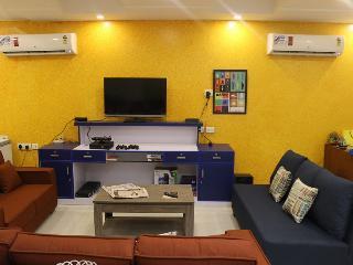 Joeys Hostel - New Delhi vacation rentals