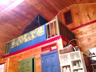 "QUEEN BED LOFT Sleeps 2 in ""GREEN CABIN HOME 1"" - Asheville vacation rentals"