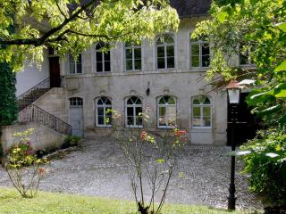Adorable House in Ornans with Housekeeping Included, sleeps 9 - Ornans vacation rentals